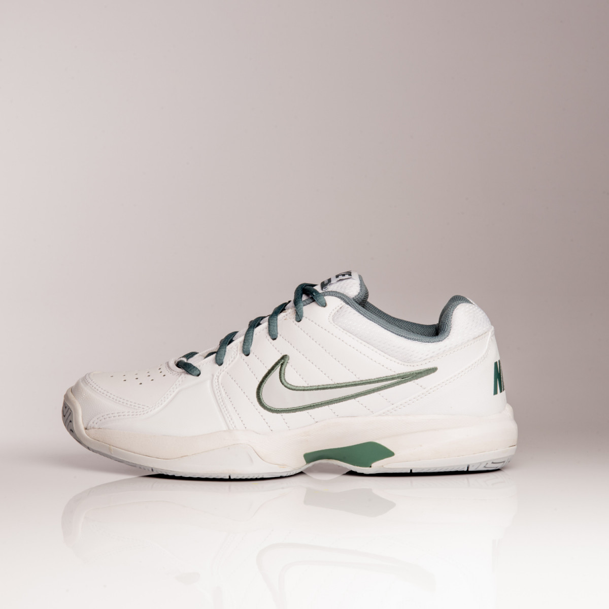 ZAPATILLAS NIKE AIR COURT MO V
