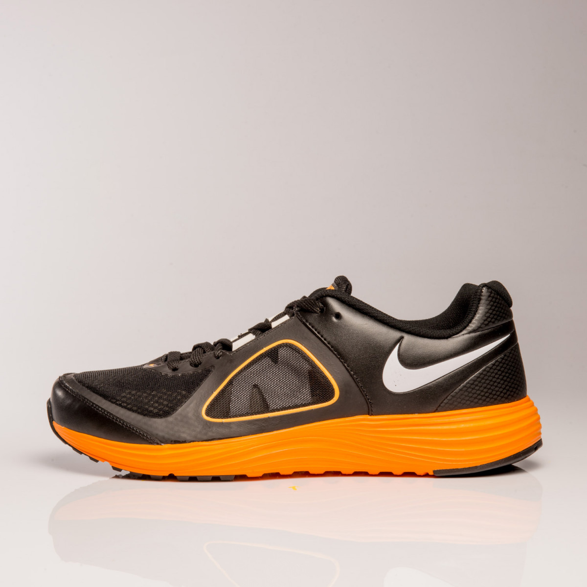 Zapatillas Nike Emerge 2 Emb