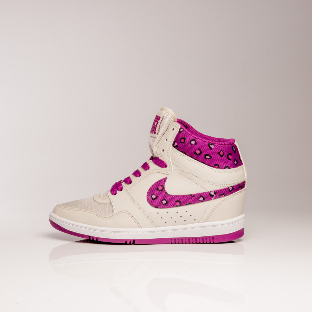 BOTAS NIKE FORCE SKY HIGH PRINT