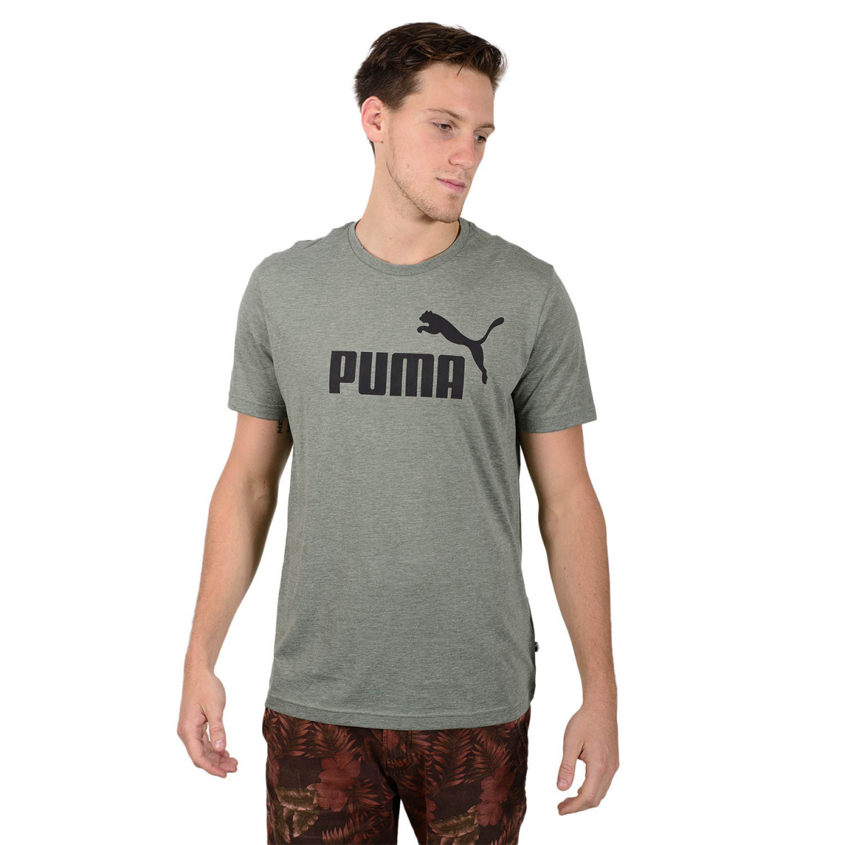 Remera Puma Essentials