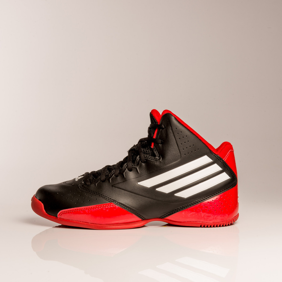 ZAPATILLAS ADIDAS 3 SERIES 2014