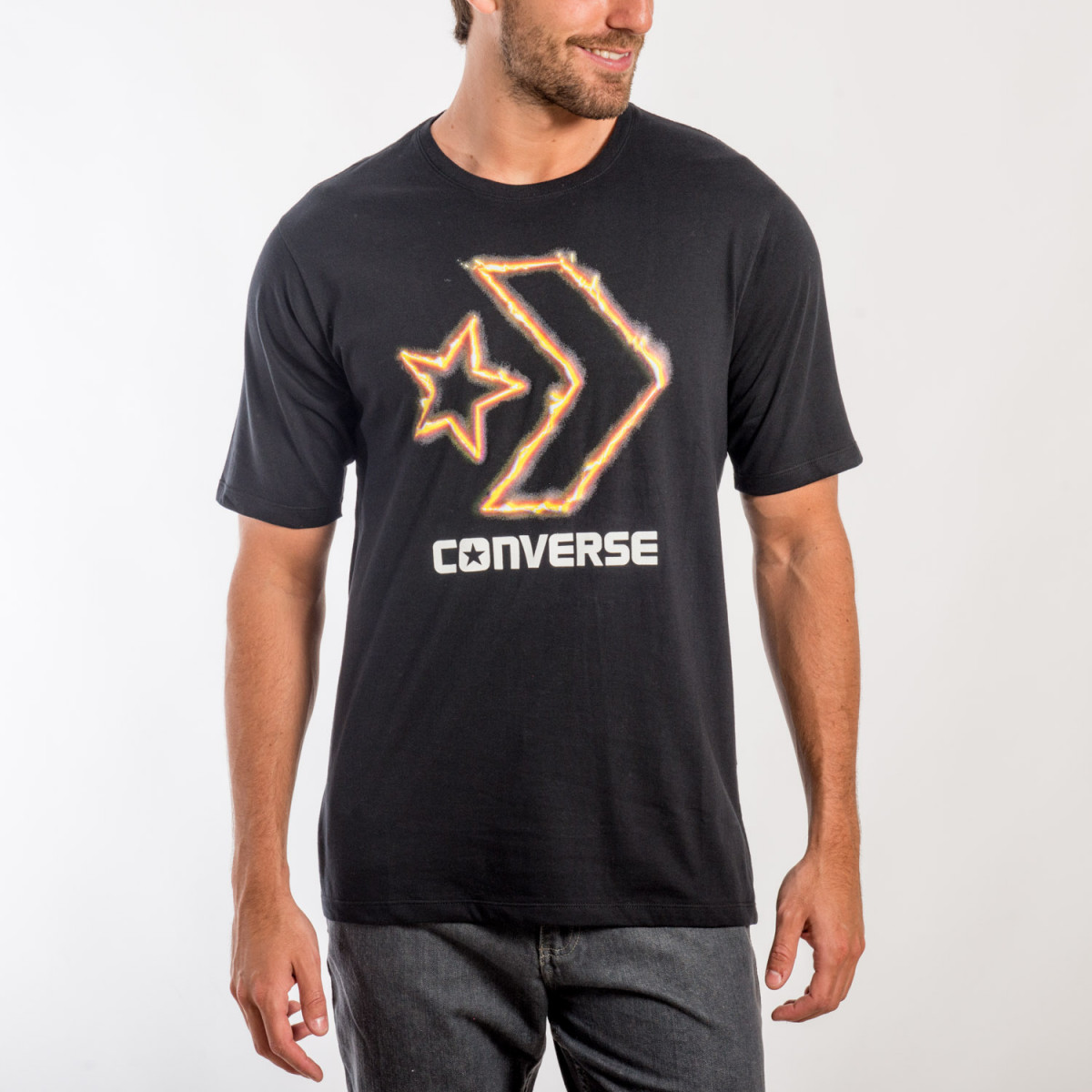 REMERA CONVERSE FIRE CHEVRON TEE