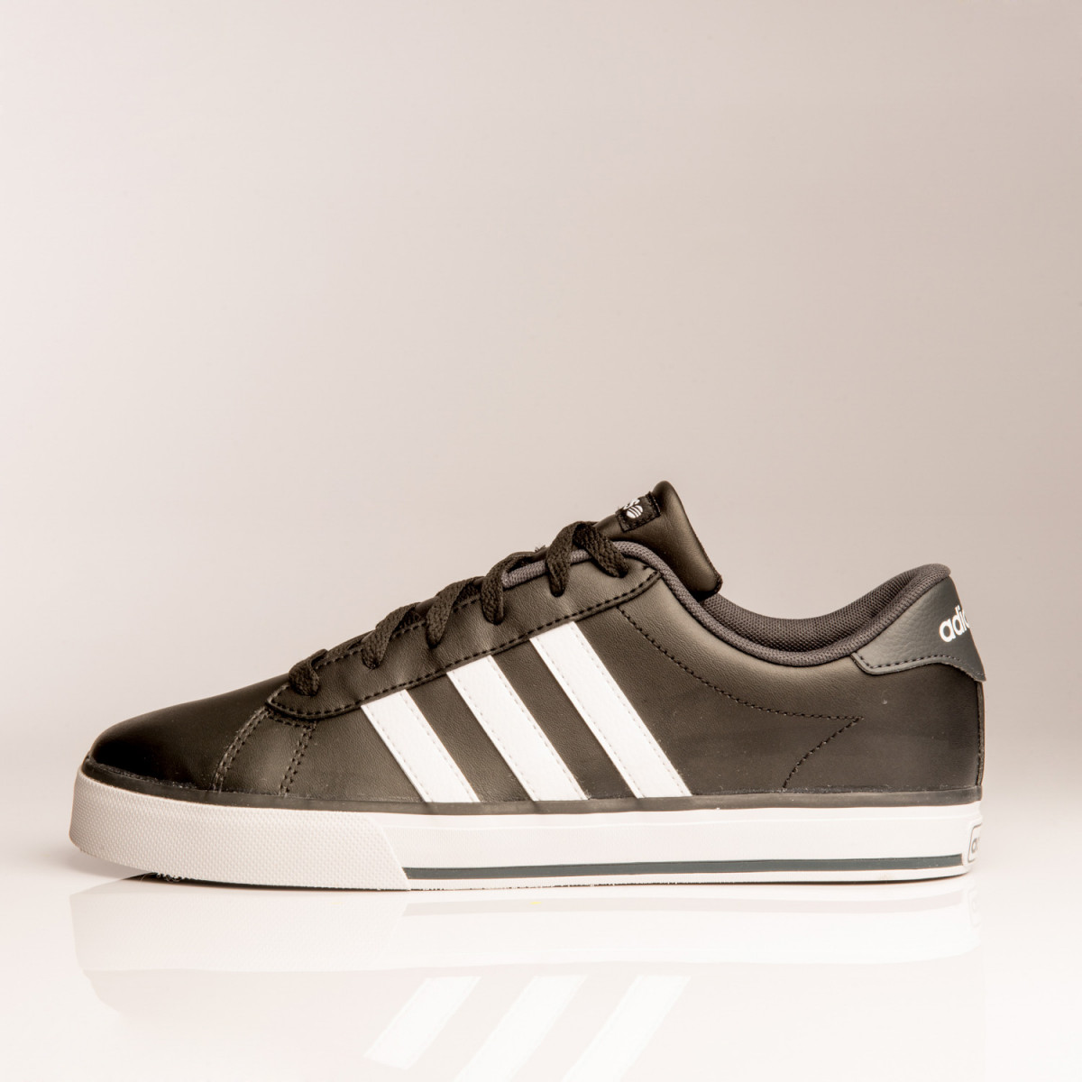 ZAPATILLAS ADIDAS NEO SE DAILY