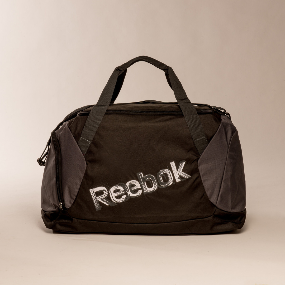 BOLSO REEBOK MEDIUM GRIP PRETO