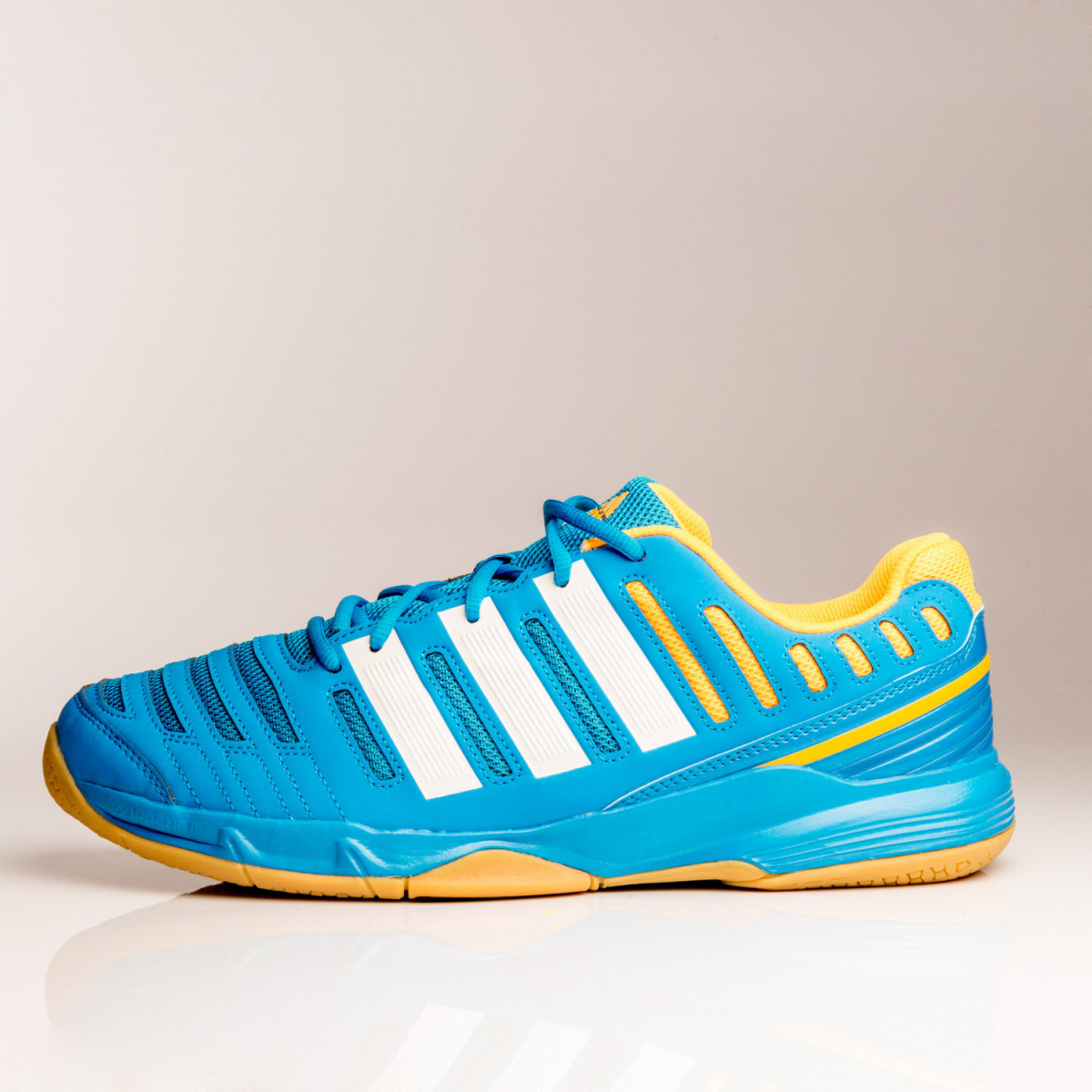 ZAPATILLAS ADIDAS ESSENCE 11