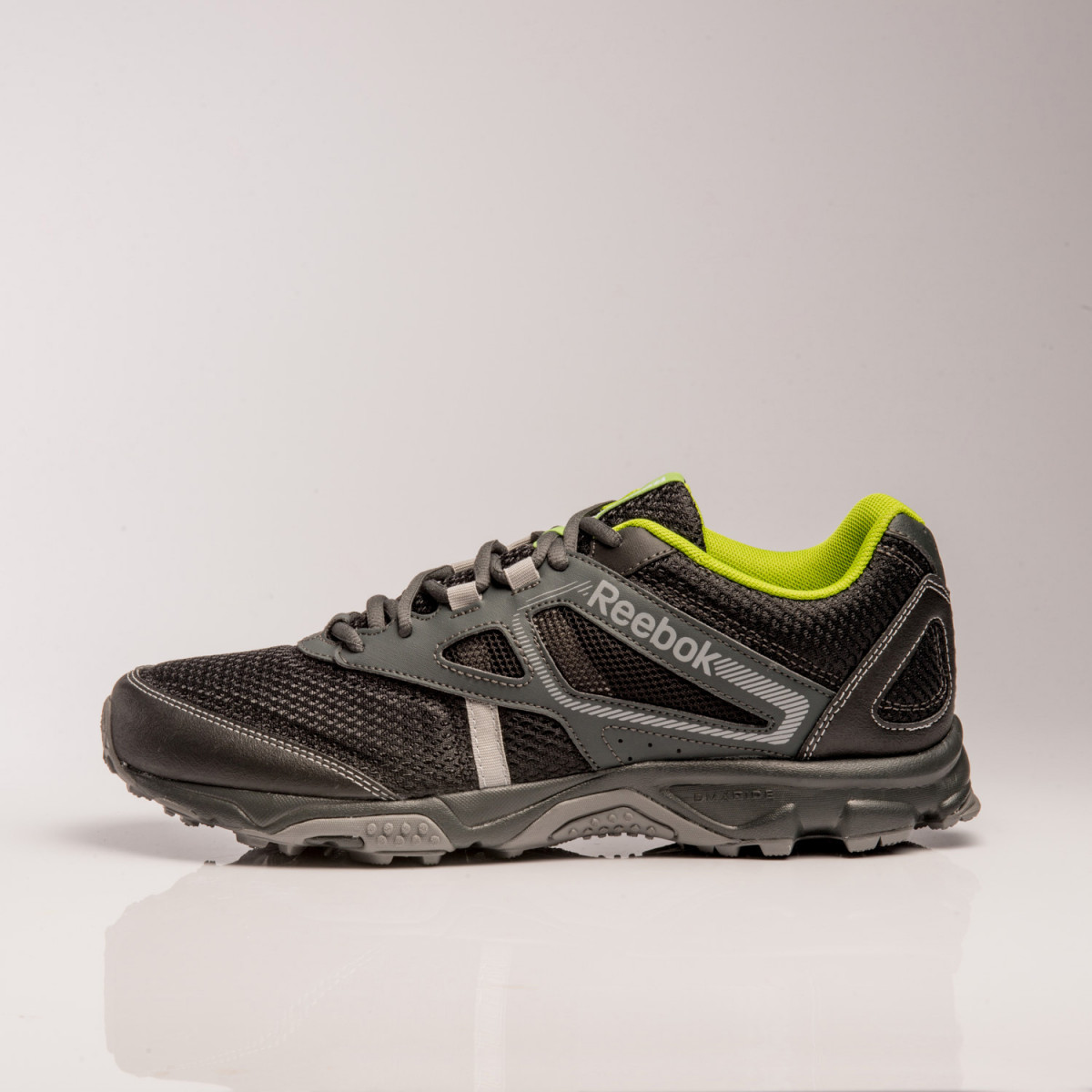 3afb71efabe Zapatillas Reebok Trail Voyager Rs (M)