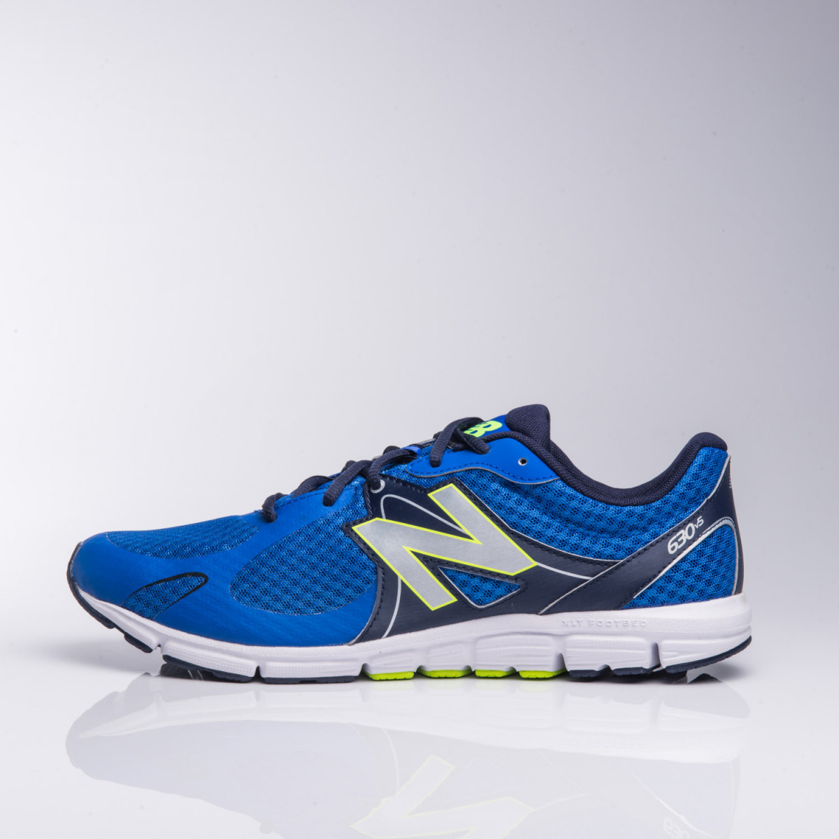 Zapatillas New Balance M630Lp5