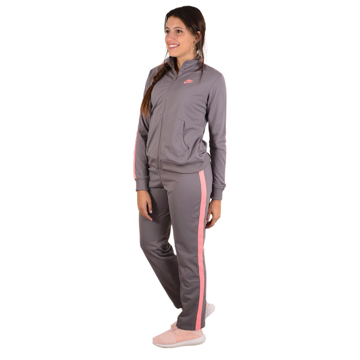 e59df65fc4daf Conjunto Nike Sportswear - Conjuntos Deportivos - Indumentaria - Mujer