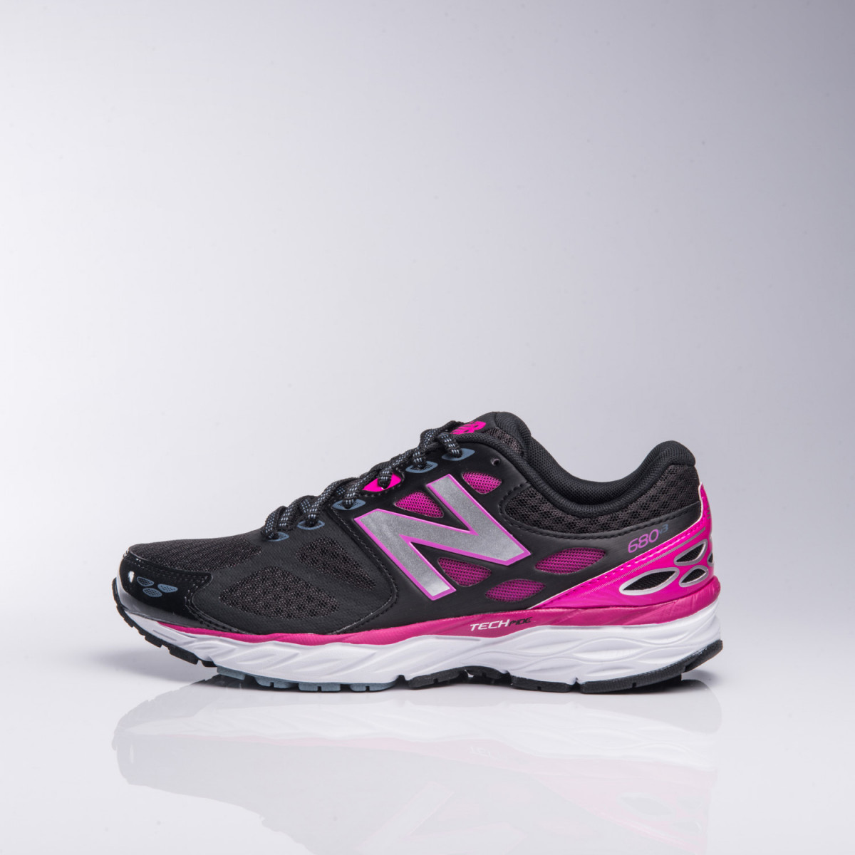 Zapatillas New Balance W680Lb3