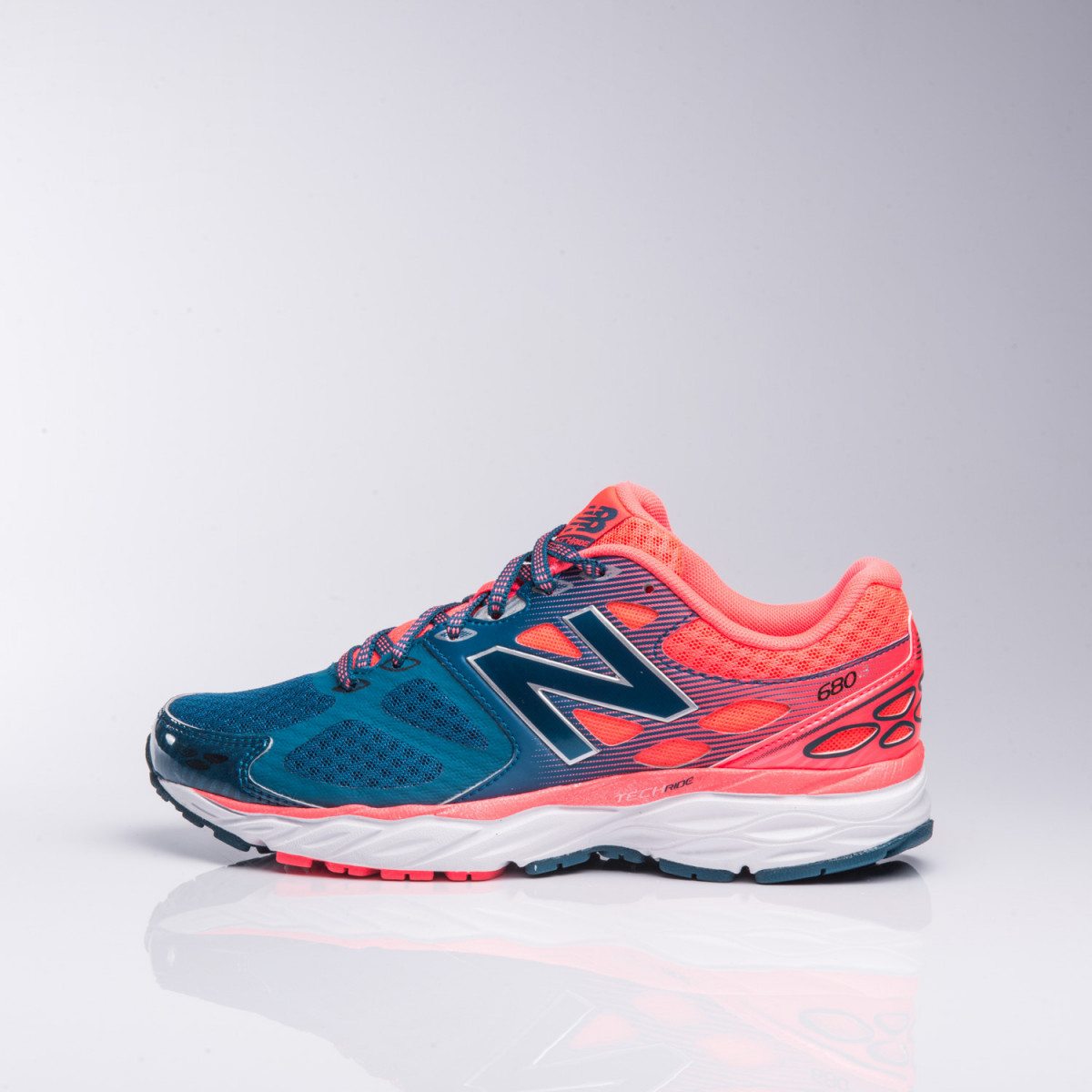 Zapatillas New Balance W680Rg3