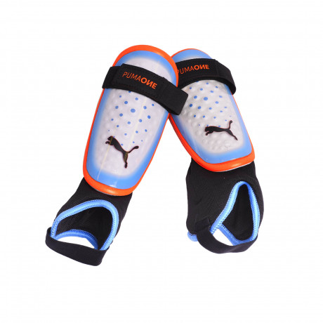 Canillera Puma One 3 + Ancke Sock