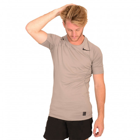 Remera Termica Nike M Np Hprcl Top SS Comp