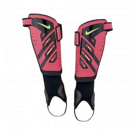 Canillera Nike Protegga