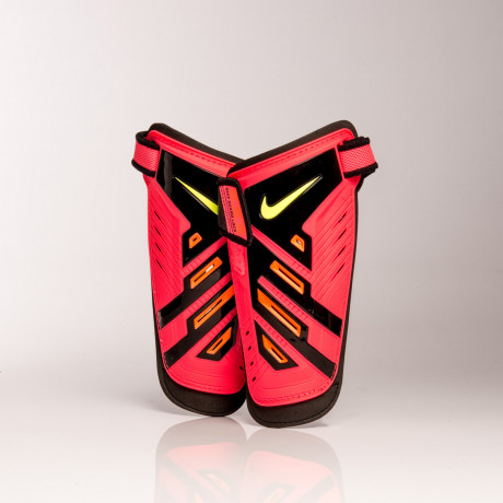 CANILLERAS NIKE YOUTH PROTEGGA SHIELD